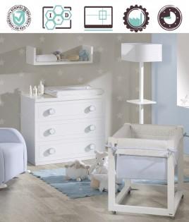 Dormitorio Infantil en acabado Lacado compuesto por minicuna, cómoda y módulo estante Ref W34