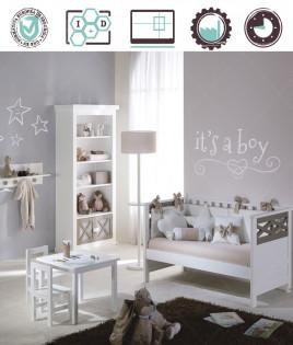 Dormitorio Infantil en acabado Lacado compuesto por cuna convertible, librero, perchero, mesa y silla Ref W37