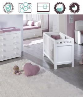Dormitorio Infantil en acabado Lacado compuesto por cuna y cómoda Ref W39