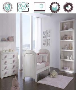 Dormitorio Infantil en acabado Lacado compuesto por cuna convertible, librero, cómoda y estante Ref W40