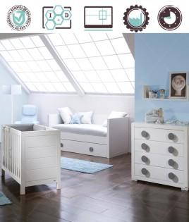 Dormitorio Infantil en acabado Lacado compuesto por cuna, cómoda y estante Ref W47