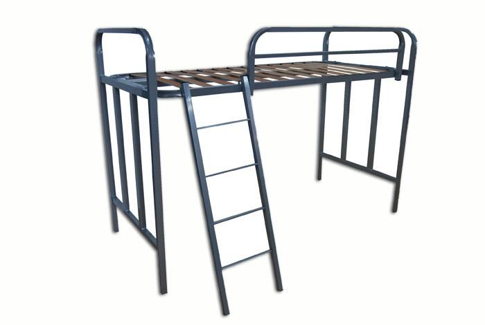 litera de una cama con barandilla y escalera ref s